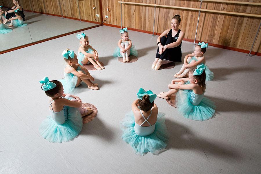 Dance Studio Hunter